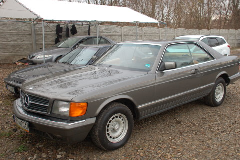 Mercedes SEC 1976 – naprawa podsufitki + renowacja skór