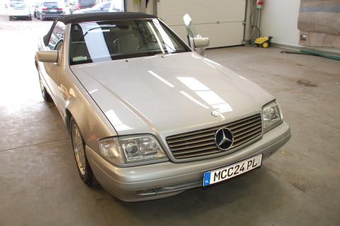 Mercedes SL 500 naprawa podsufitki + renowacja wnętrza